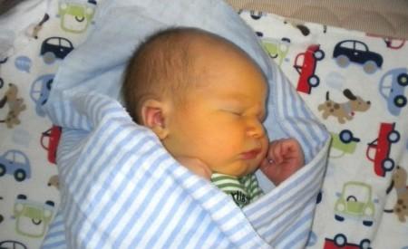 У новорожденные кровь из вены берут только в крайних случаях