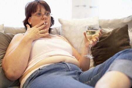 Следует отказаться от алкоголя и курения