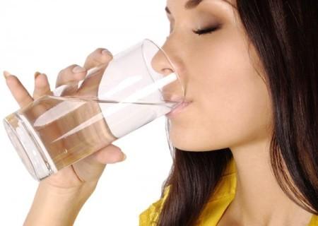 Перед анализом кушать нельзя, а только выпить стакан воды