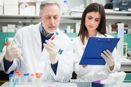 Исследование анализа крови в лаборатории